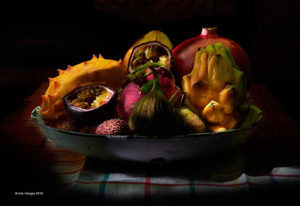Arto Kangas – Fruits – Open Colour