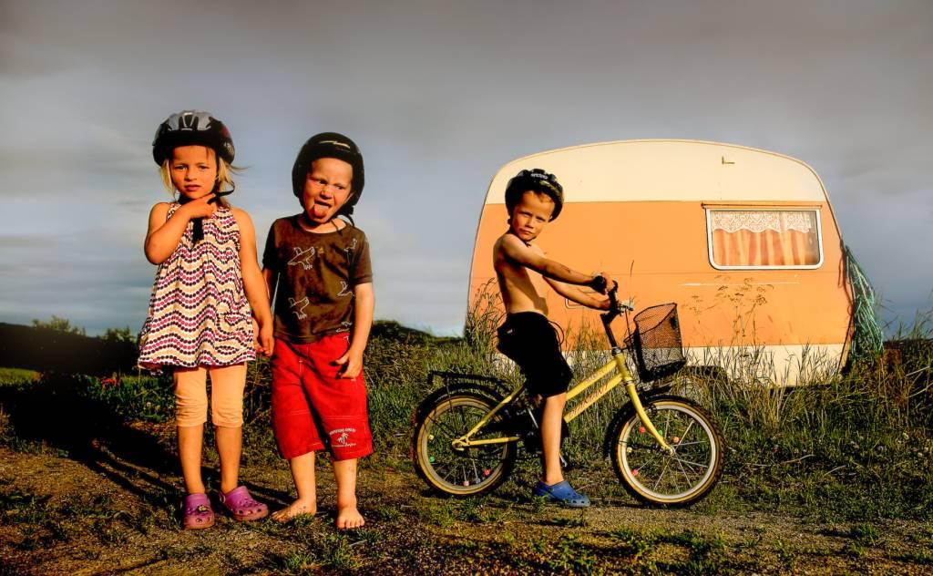 3Audun Nygaard_Camping Kids_Bekkalokket Photoclub Bronze medal__Projected Digital Images Photo Travel