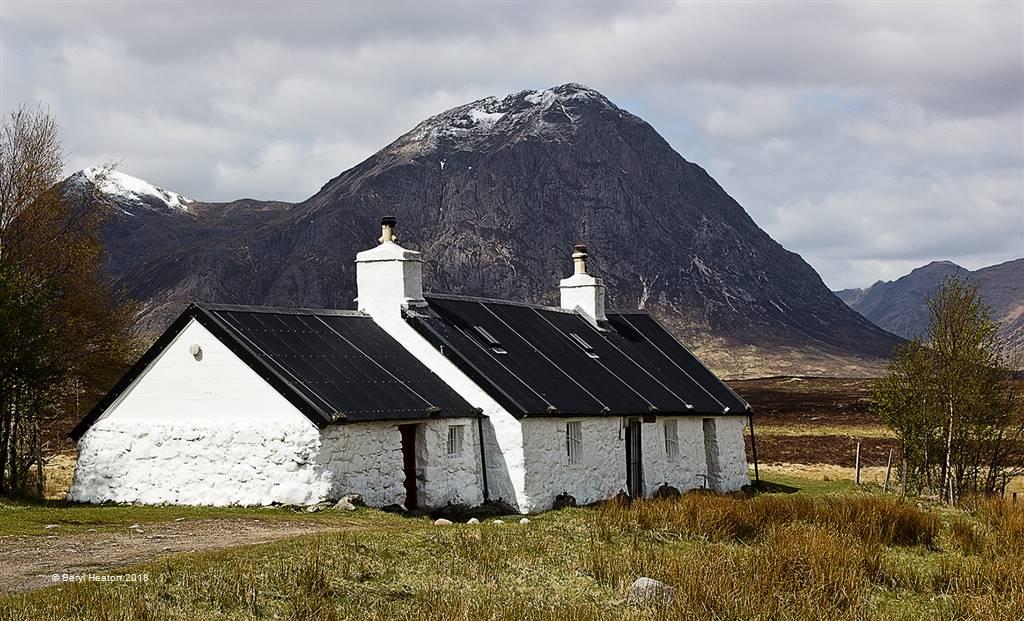 Beryl Heaton – Blackrock Cottage – Photo Travel