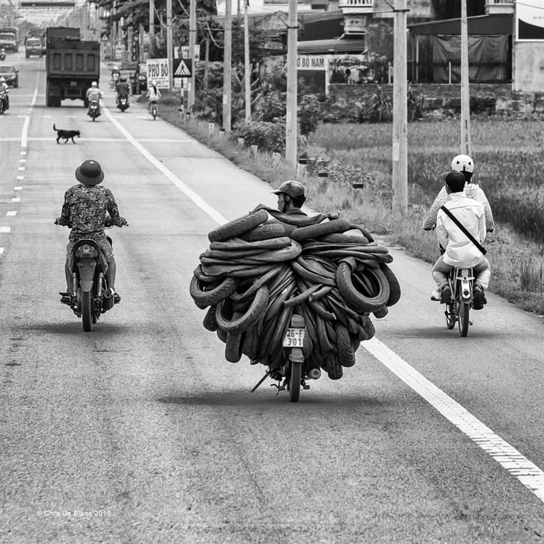 Chris De Blank – Tyre Power – Photo Travel