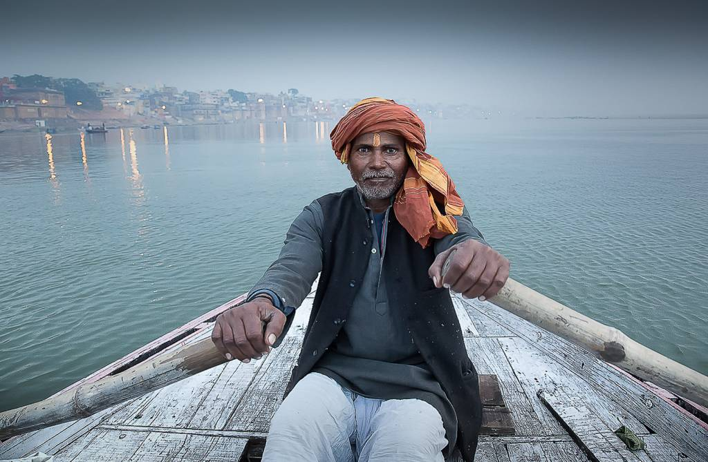 3David Laronde_Ganges Boatman_PSA Bronze medal_EFIAPb ARPS APSA EPSA_Projected Digital Images Photo Travel