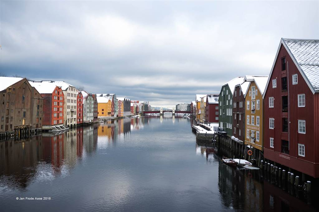 Jan Frode Aase – Wharves in Winter Light – Photo Travel