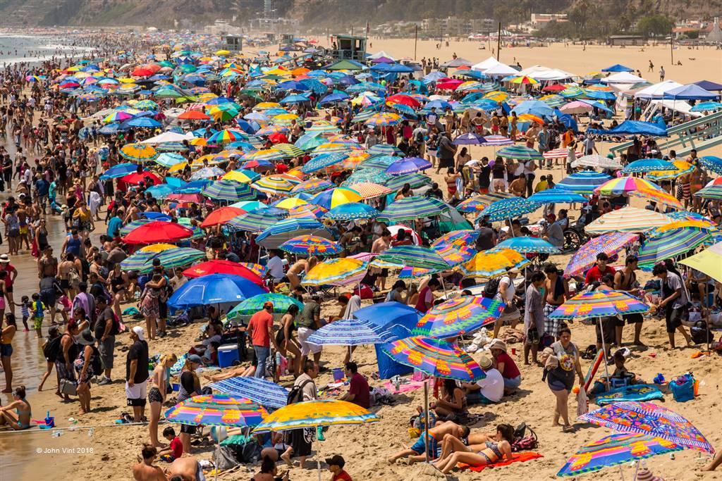 John Vint – Crowded Beach – Photo Travel