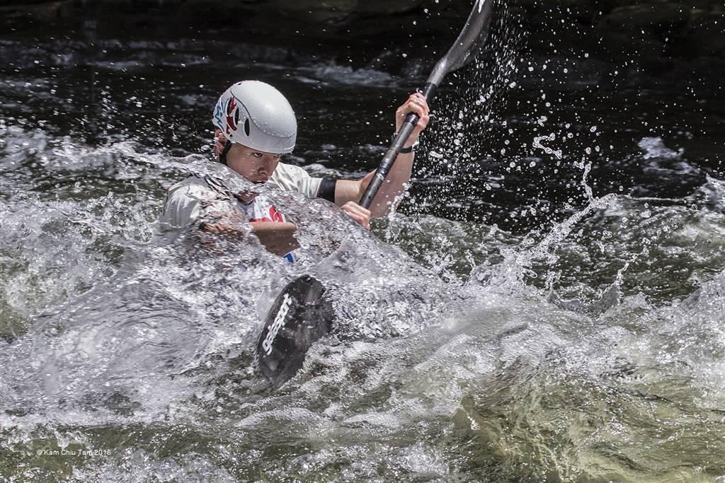 Kam Chiu Tam – Crossing the Rapids – Photo Travel