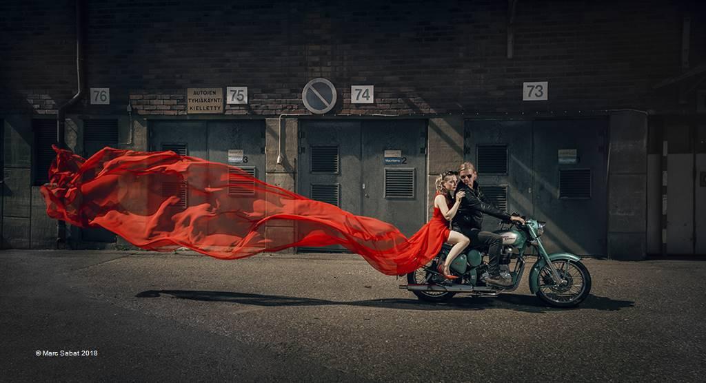 Marc Sabat – Bride in Red – Open Colour