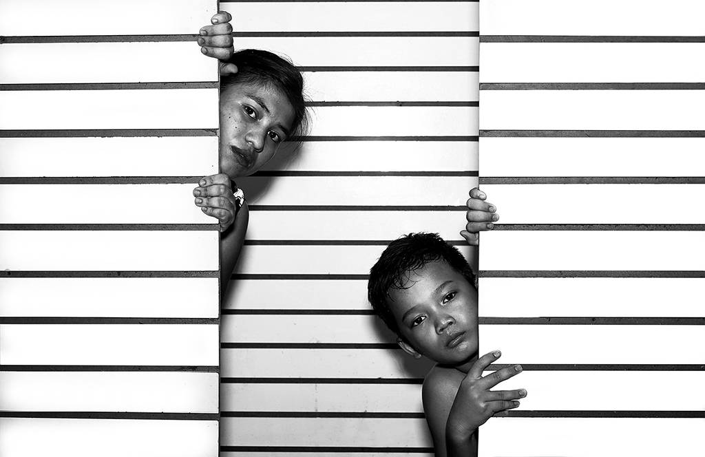 4Thi Ha Maung_Beyond the Lines of Wall_NFFF Honorable Mention__Projected Digital Images Open Monochrome