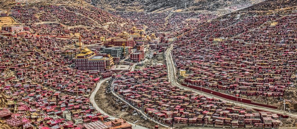 Yuk Chiu Stanley Kwok – Seda Red House Panorama – Open Colour